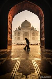 Pavol Straňák - Upratovanie v Taj Mahale